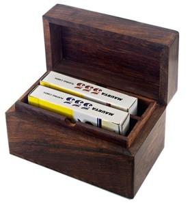 Κουτι ξυλινο με τραπουλες